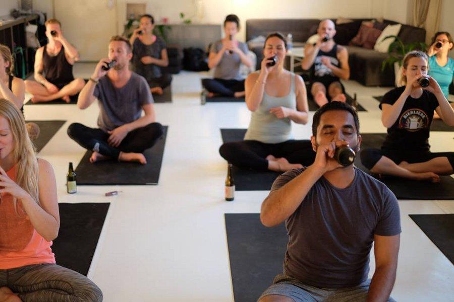 bieryoga-yoga-bevendo-birra-berlino-4