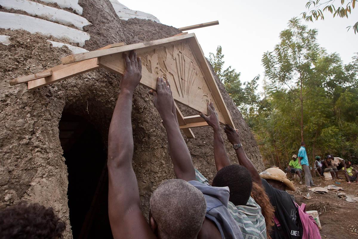 case-cupola-konbit-shelter-haiti-swoon-09