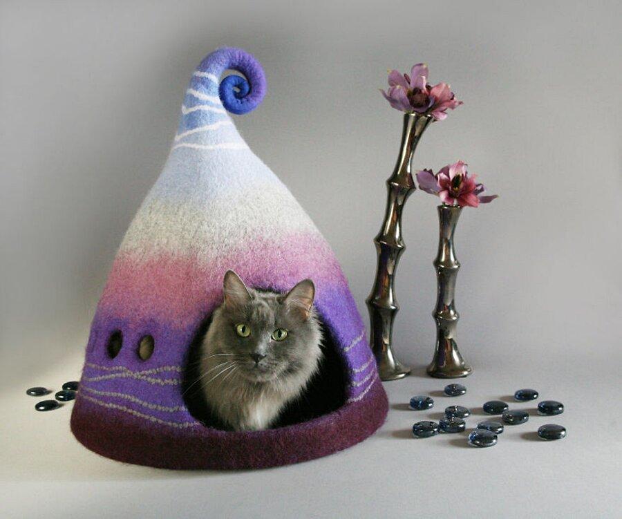 cuccia-gatto-feltro-colorata-yuliya-kosata-13