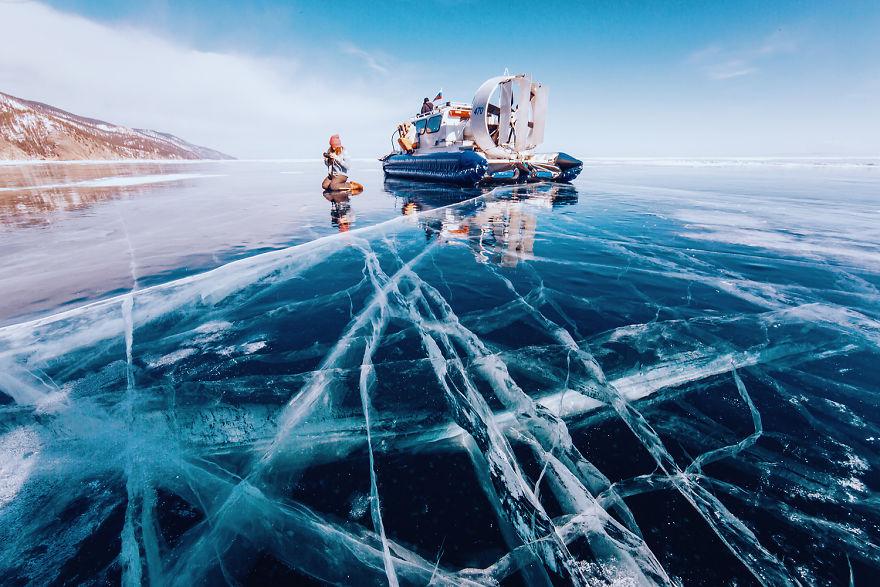 foto-lago-bajkal-ghiacciato-siberia-kristina-makeeva-02