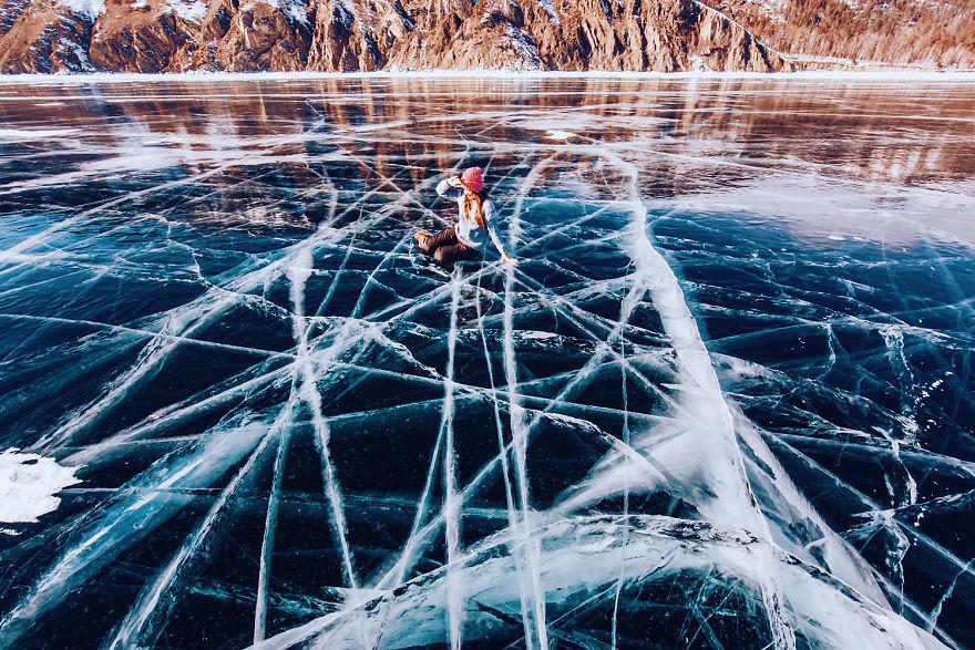 foto-lago-bajkal-ghiacciato-siberia-kristina-makeeva-09