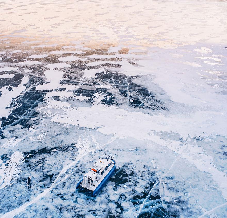 foto-lago-bajkal-ghiacciato-siberia-kristina-makeeva-13