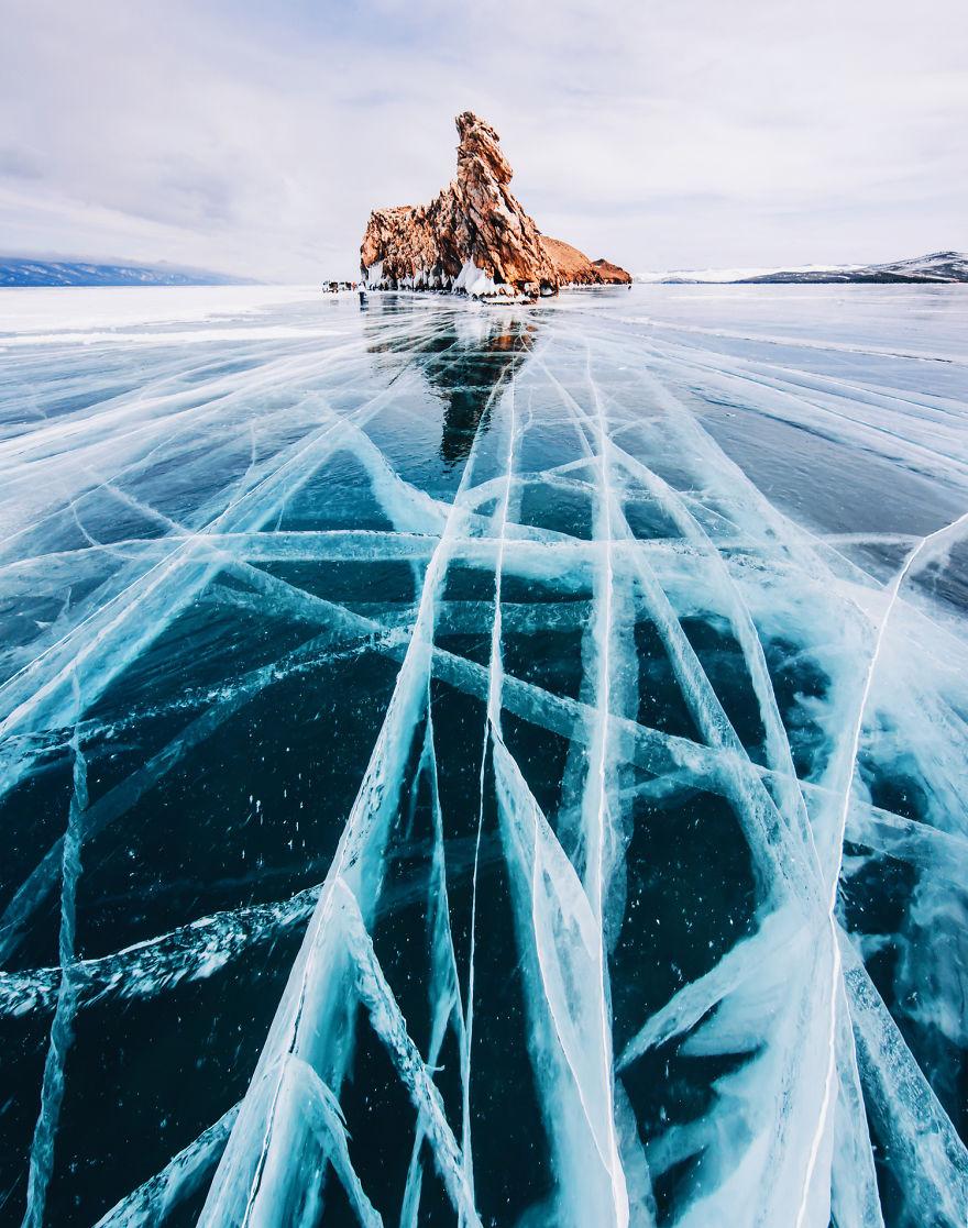 foto-lago-bajkal-ghiacciato-siberia-kristina-makeeva-19