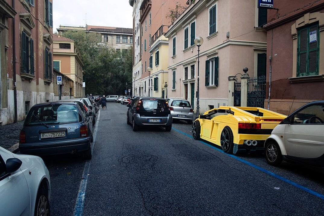 lego-outside-legoland-strade-roma-domenico-franco-05
