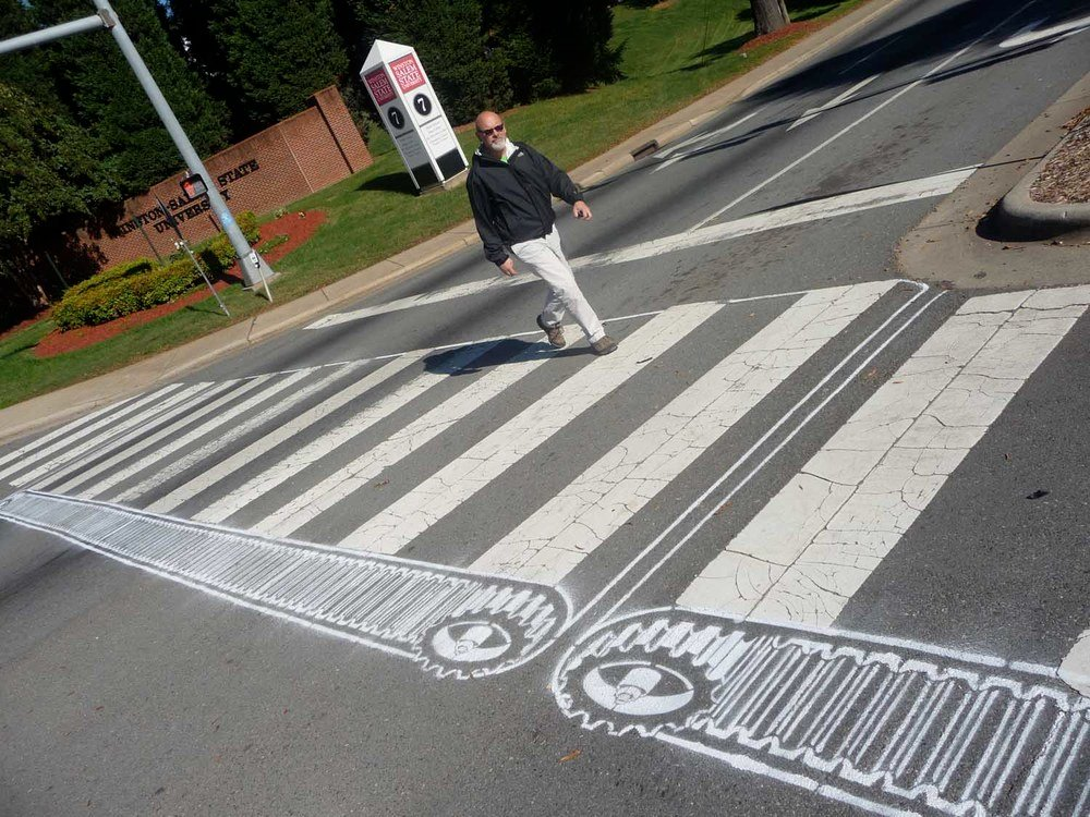 street-art-piste-ciclabili-montreal-roadsworth-04