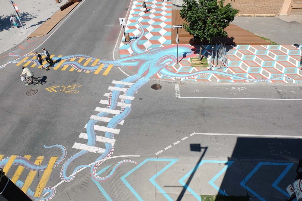 street-art-piste-ciclabili-montreal-roadsworth-09