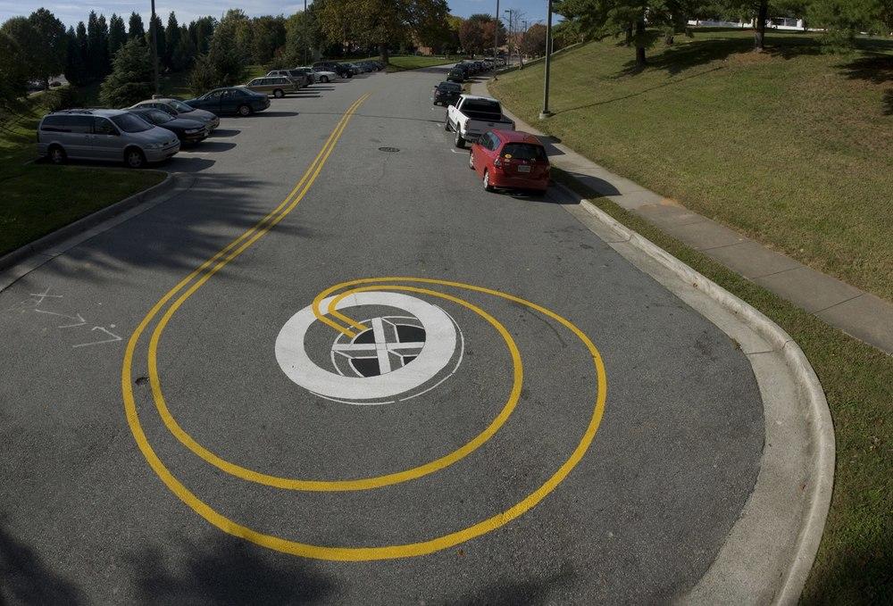 street-art-piste-ciclabili-montreal-roadsworth-10
