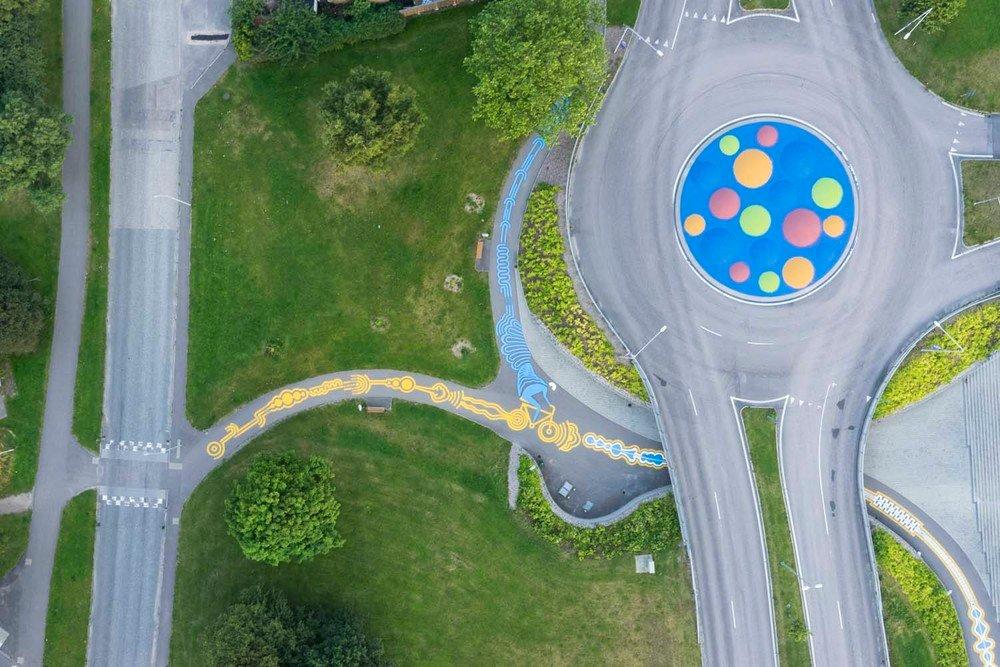 street-art-piste-ciclabili-montreal-roadsworth-12