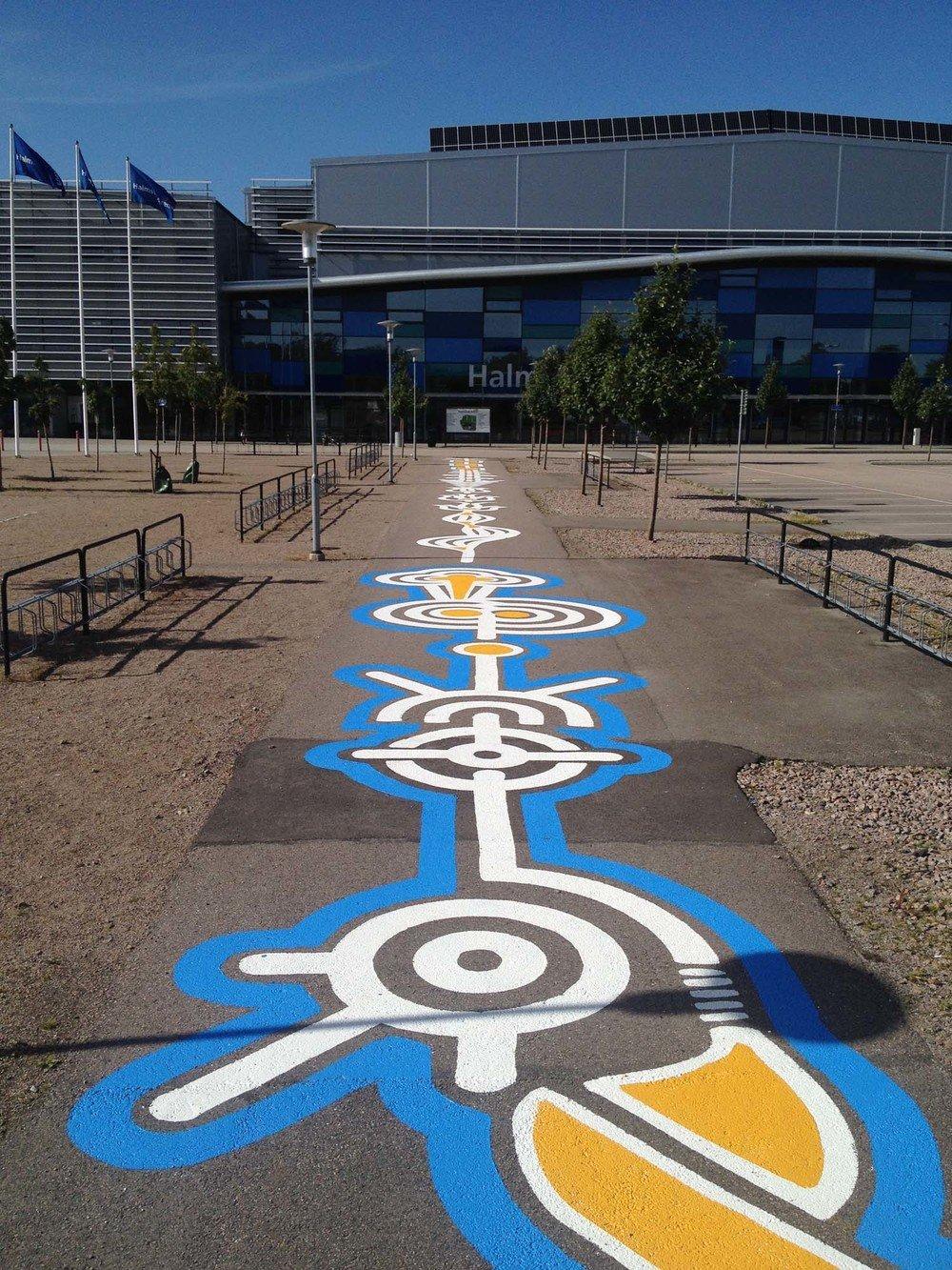 street-art-piste-ciclabili-montreal-roadsworth-21