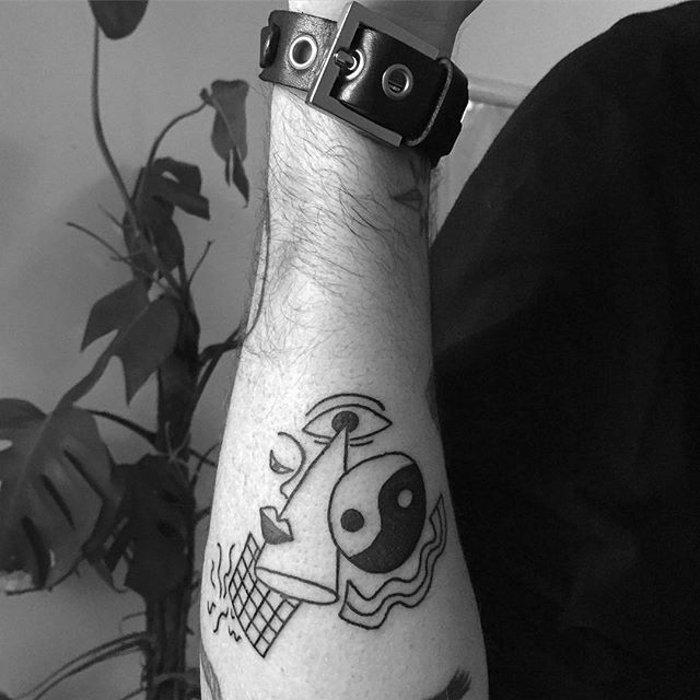 tatuaggi-surreali-daisy-watson-01