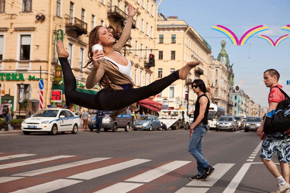 ballerini-strade-san-pietroburgo-foto-vitaly-sokolovsky-04