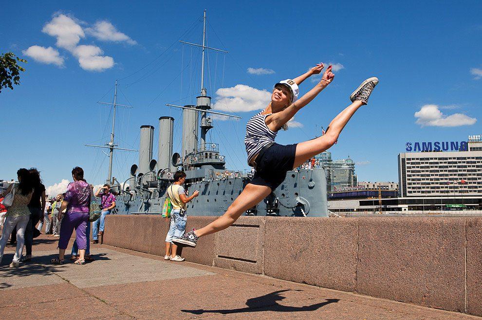 ballerini-strade-san-pietroburgo-foto-vitaly-sokolovsky-05