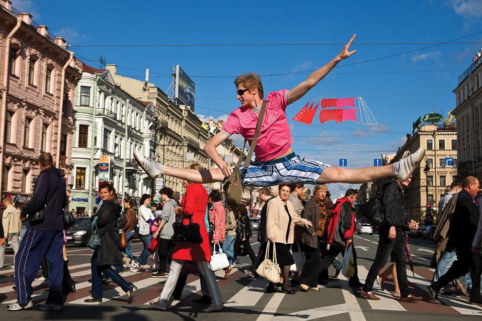 ballerini-strade-san-pietroburgo-foto-vitaly-sokolovsky-09