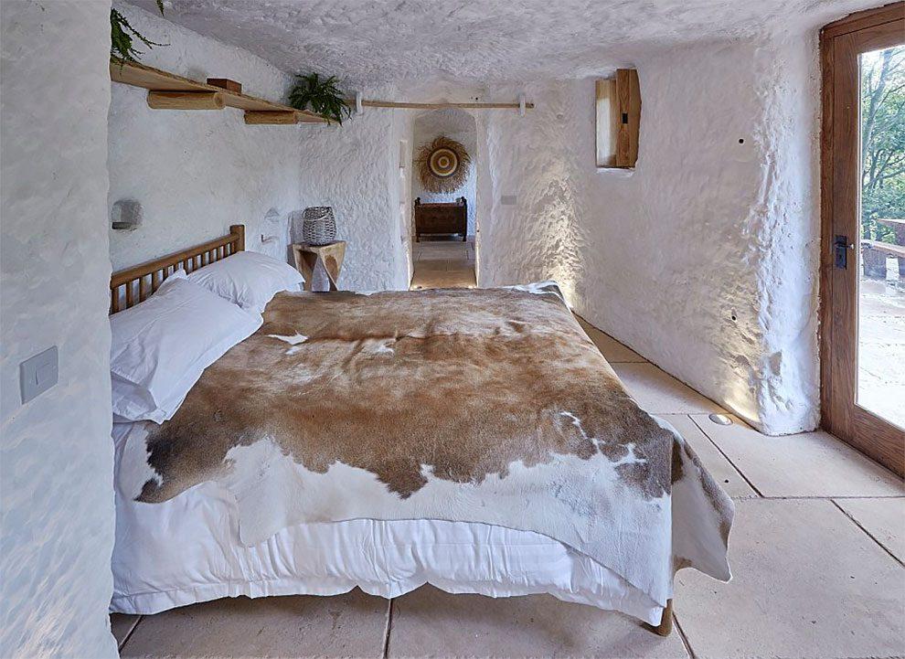 caverna-trasformata-casa-angelo-mastropietro-wyreforest-06