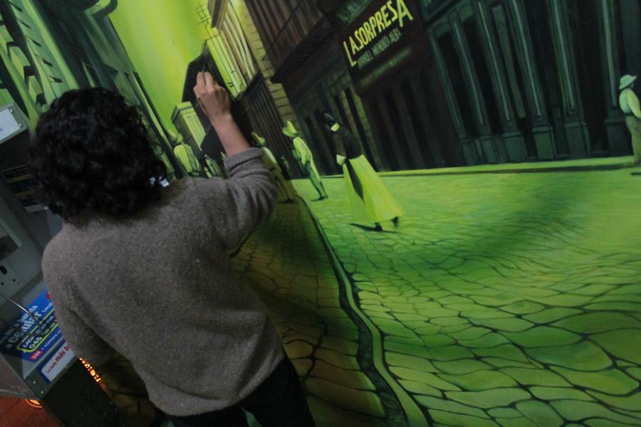 el-tunel-del-tiempo-murales-xalapa-emmanuel-cruz-02