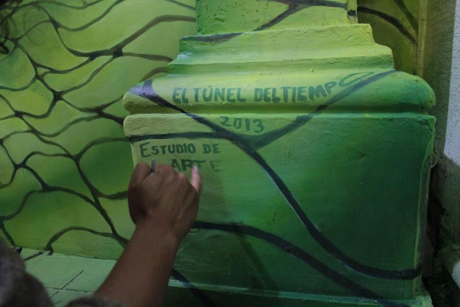 el-tunel-del-tiempo-murales-xalapa-emmanuel-cruz-05