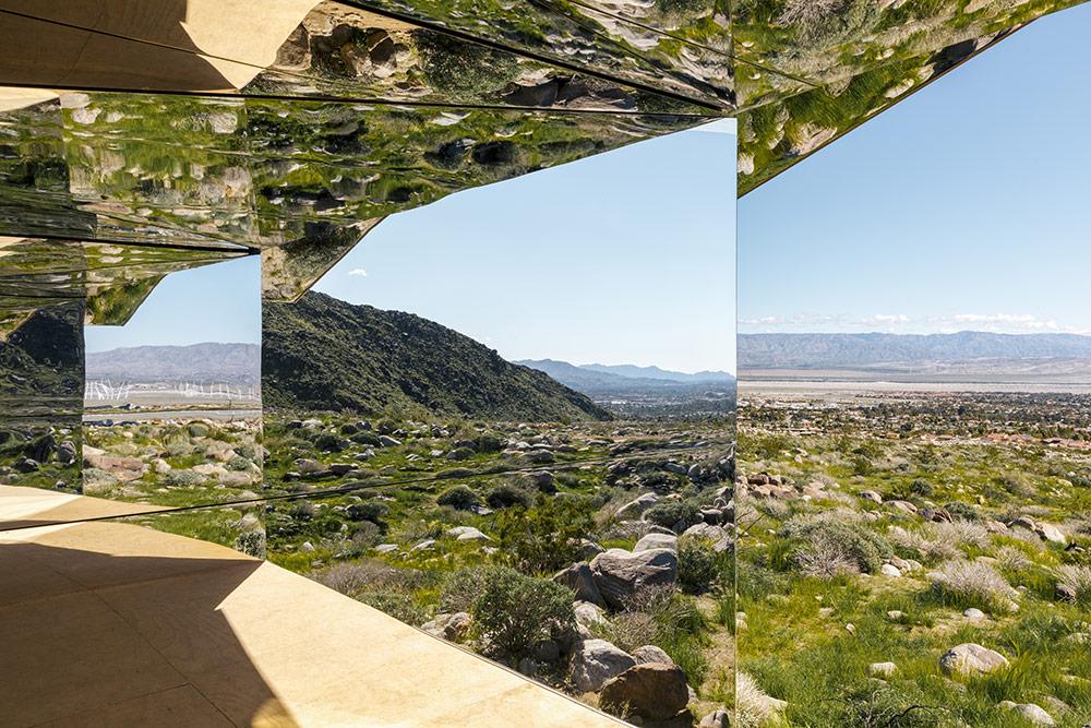 installazione-casa-riflette-deserto-california-mirage-doug-aitken-08
