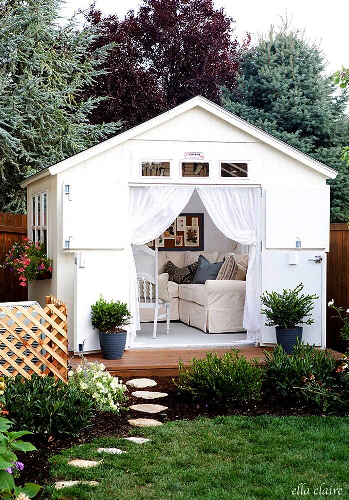 14 esempi di angolo relax da giardino che avrete voglia di for Esempi giardino