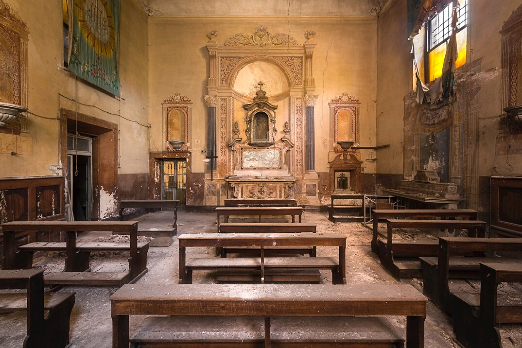chiese-abbandonate-roman-robroek-12