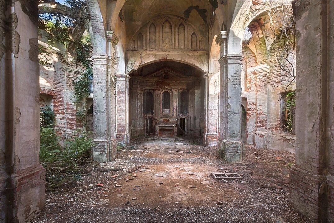 chiese-abbandonate-roman-robroek-16