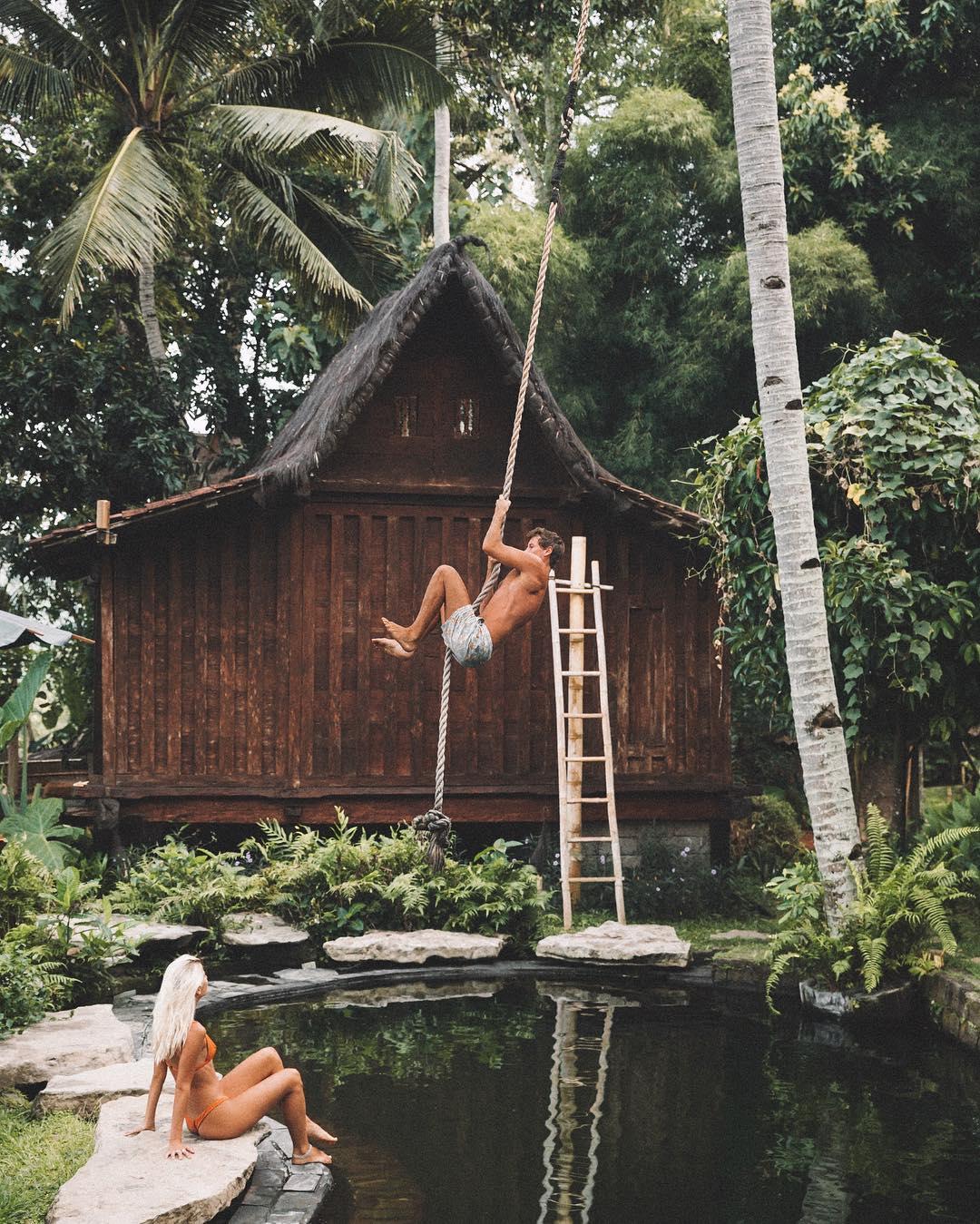 coppia-guadagna-viaggiando-foto-instagram-jack-morris-lauren-bullen-01