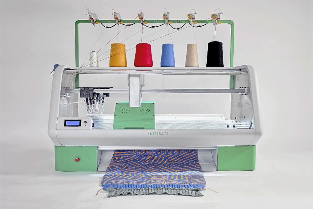 macchina-digitale-crea-abiti-kniterate-gerard-rubio-1