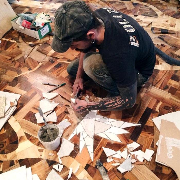 pavimento-legno-decorazioni-ceramica-alexey-steshak-09
