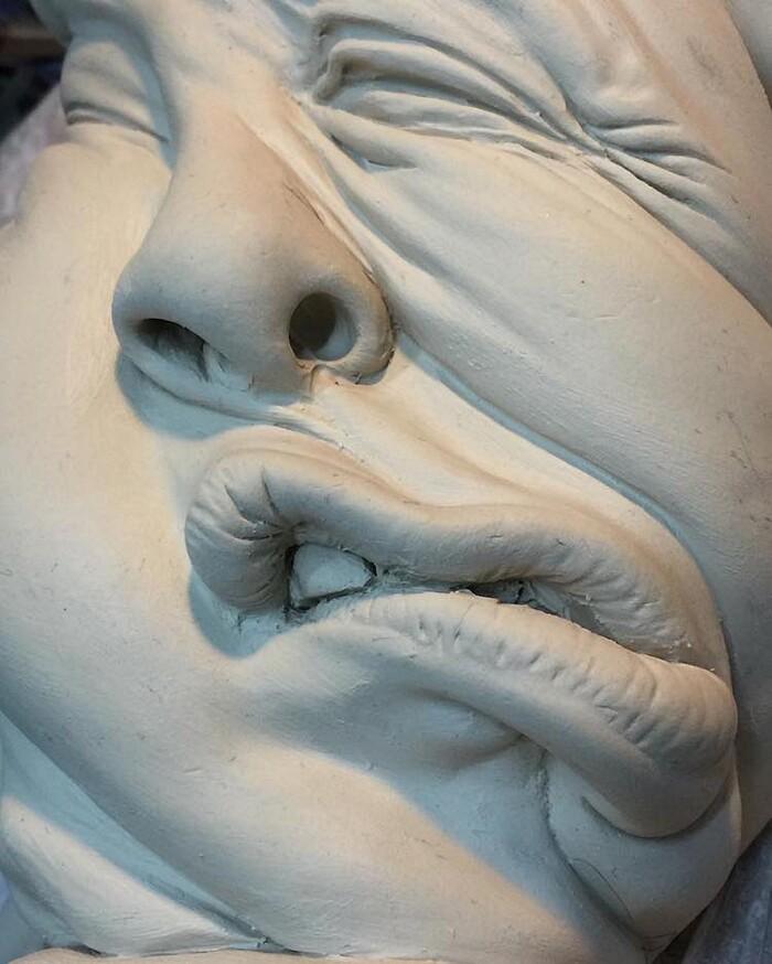 sculture-ceramica-surrealiste-johnson-tsang-09