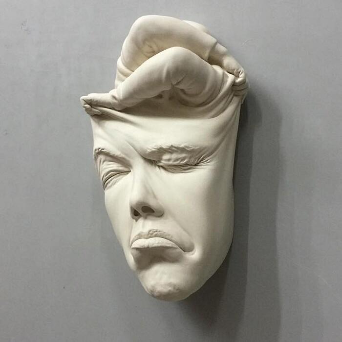 sculture-ceramica-surrealiste-johnson-tsang-14