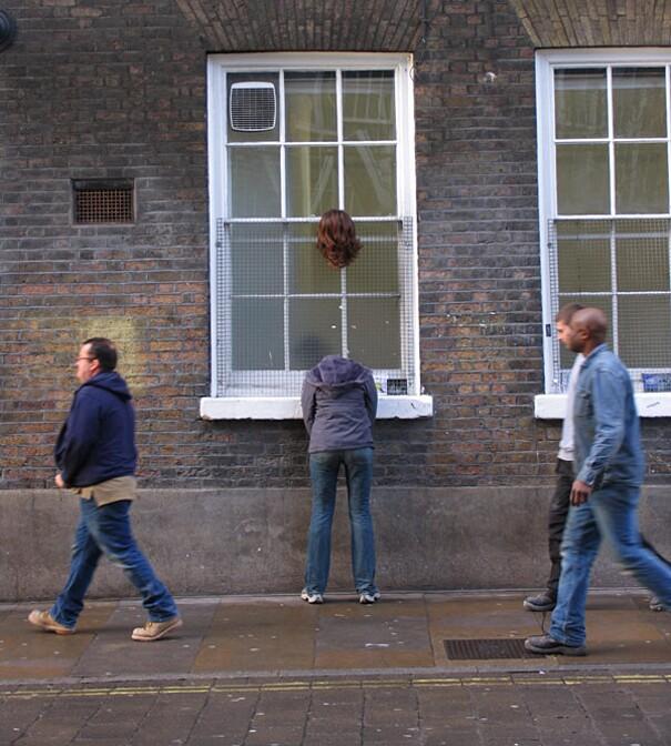 sculture-street-art-installazioni-mark-jenkins-21
