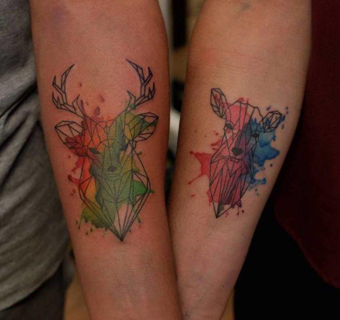 Tatuaggi di coppia geometrici con animali