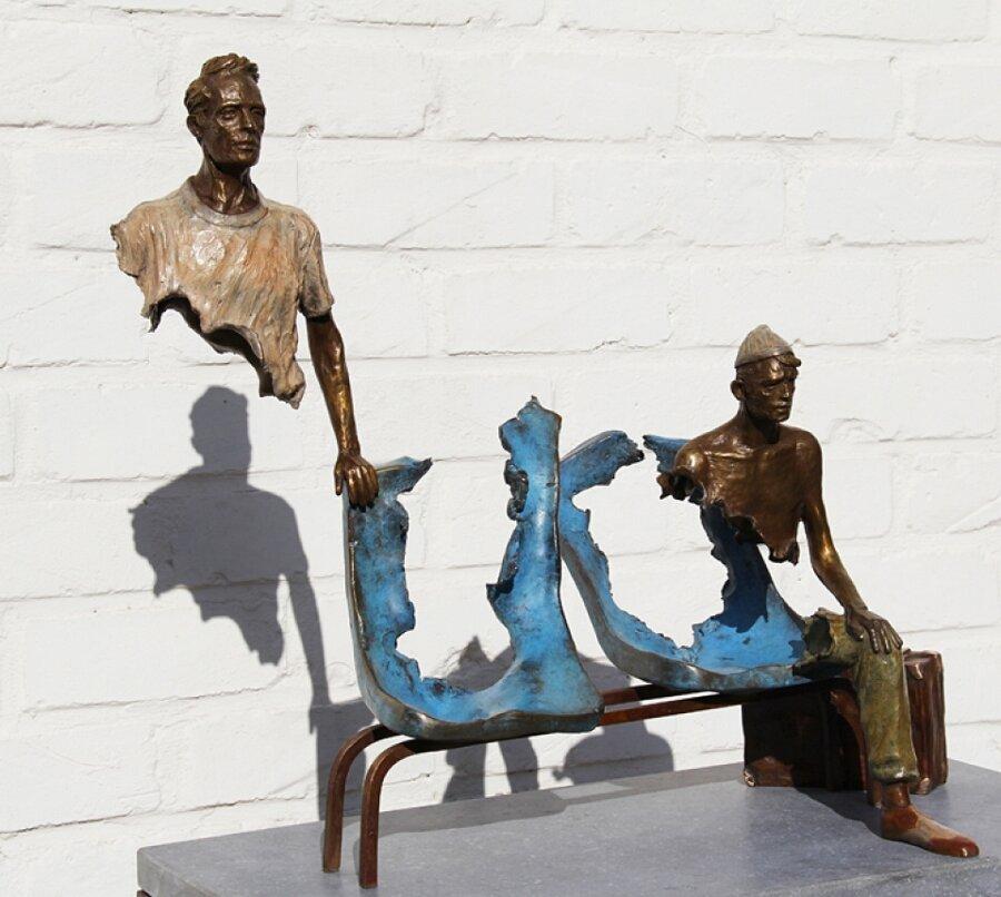 sculture-bronzo-voyageurs-bruno-catalano-5