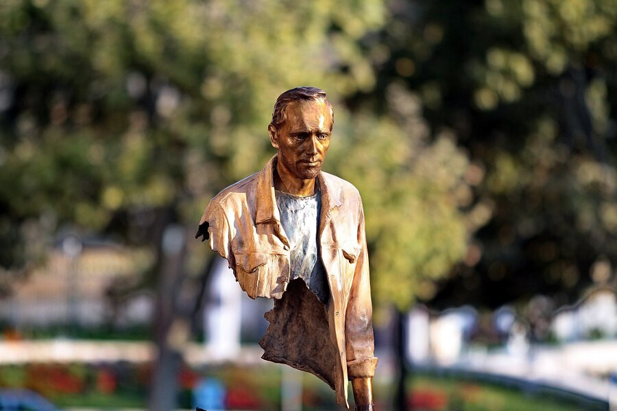 sculture-bronzo-voyageurs-bruno-catalano-8