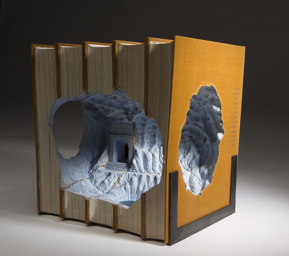 sculture-libri-vecchi-guy-laramee-02