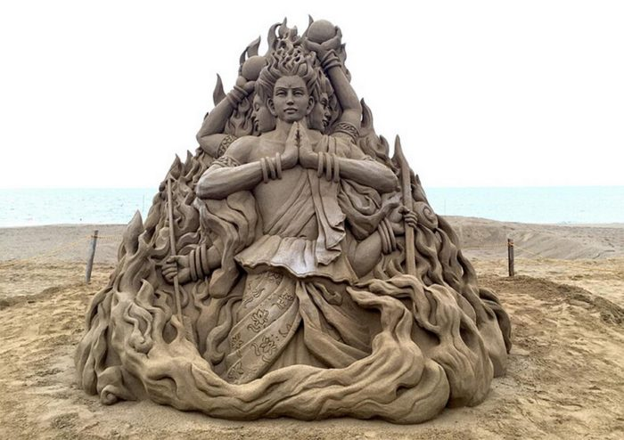 sculture-sabbia-toshihiko-hosaka-5