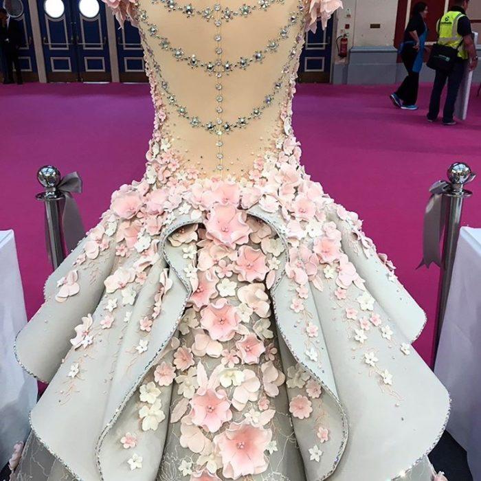 torta-nuziale-abito-sposa-cake-design-emma-jayne-08