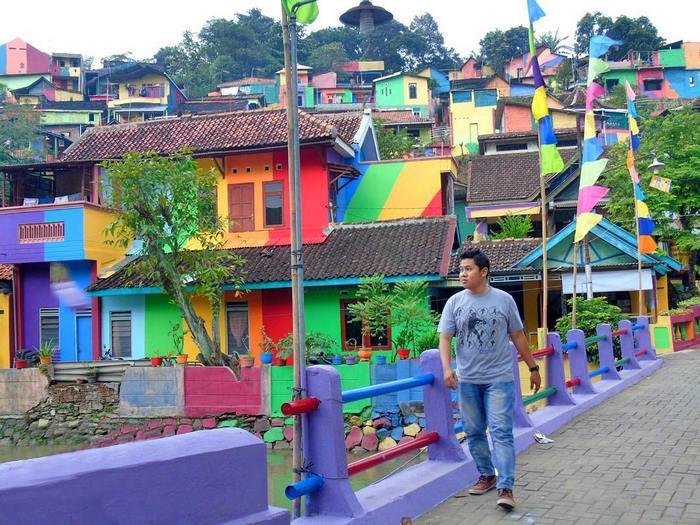 villaggio-arcobaleno-kampung-pelangi-indonesia-10