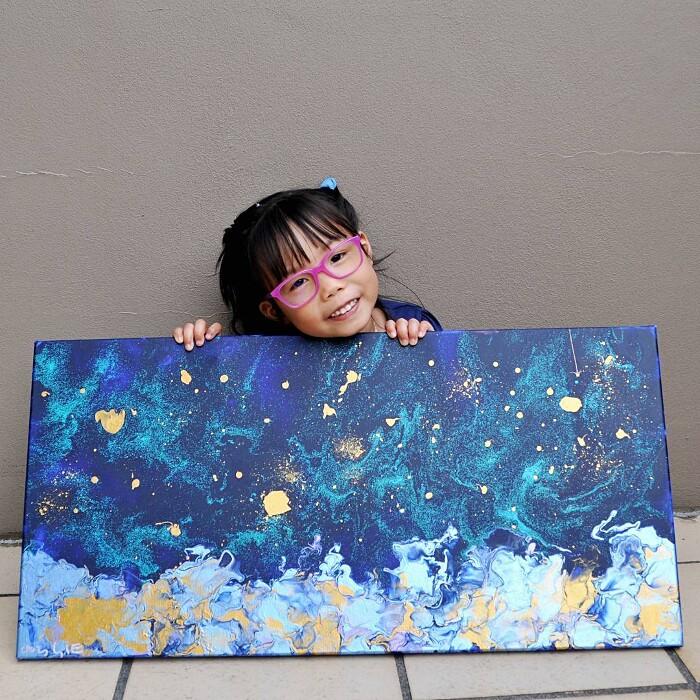 bambina-dipinge-quadri-incredibili-cassie-swirls-01