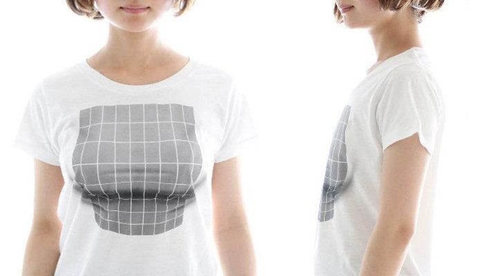 Una maglia che crea l'illusione ottica di un seno prosperoso