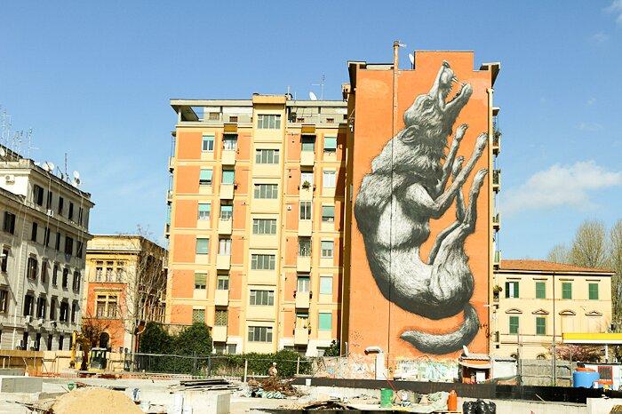 "Street Art Roma - Roa, ""Jumping wolf"", via Galvani"