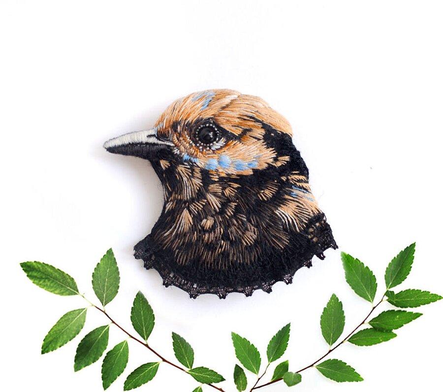uccelli-ricamati-spille-paulina-bartnik-06