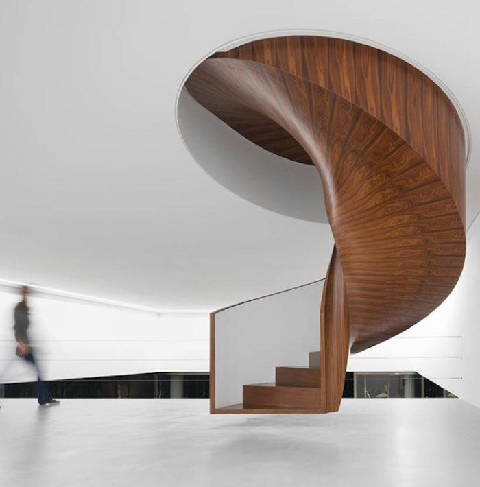 Molto Scale interne dal design moderno: 27 bellissimi esempi JY47