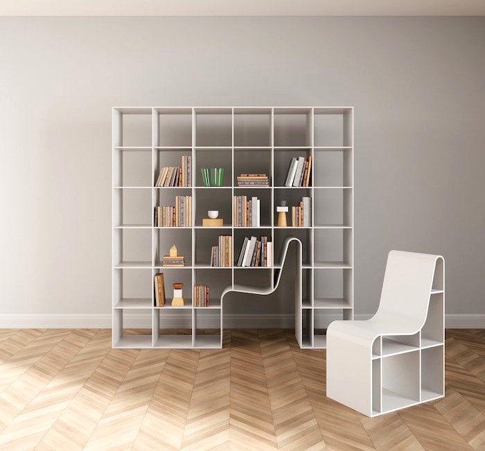 Una sedia incorporata in una libreria, il design minimalista di Sou Fujimoto