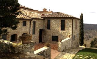 Affascinante casale in Toscana nasconde interni sorprendentemente moderni