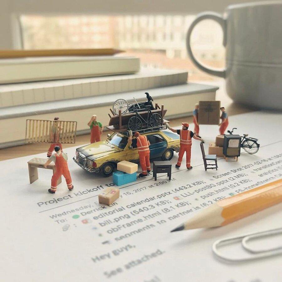 Miniature Scene in Ufficio Derrick Lin