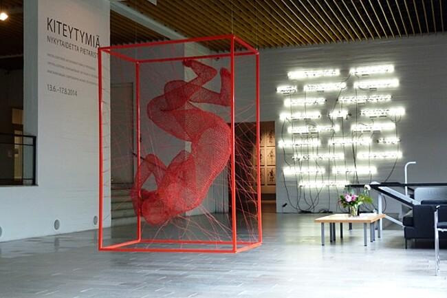 sculture-filo-acciaio-nadia-zubareva-08