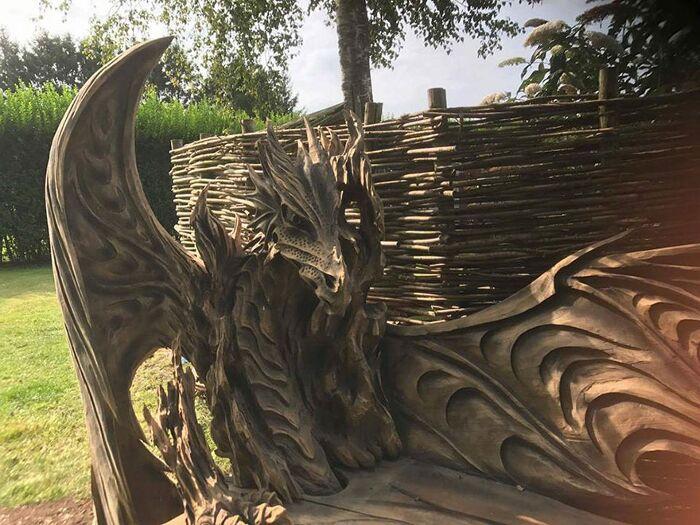 Risultati immagini per panchina a forma di drago