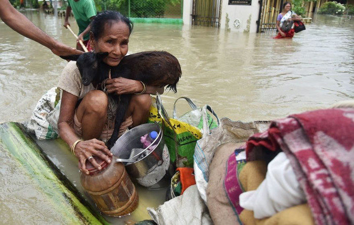 Le foto dell'Asia Meridionale devastata dalle alluvioni che hanno ucciso 1200 persone