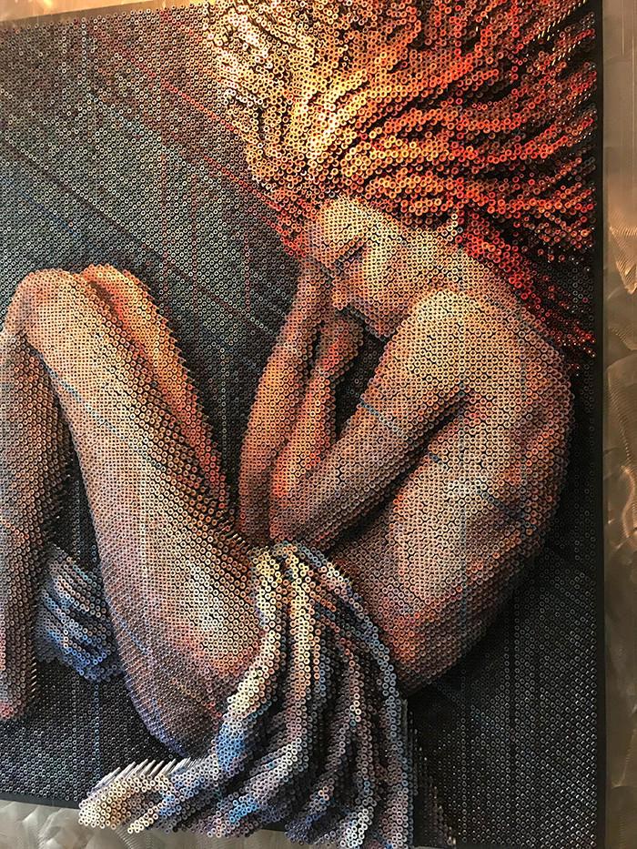 Artista usa 20.000 viti per realizzare un'opera d'arte assolutamente stupefacente