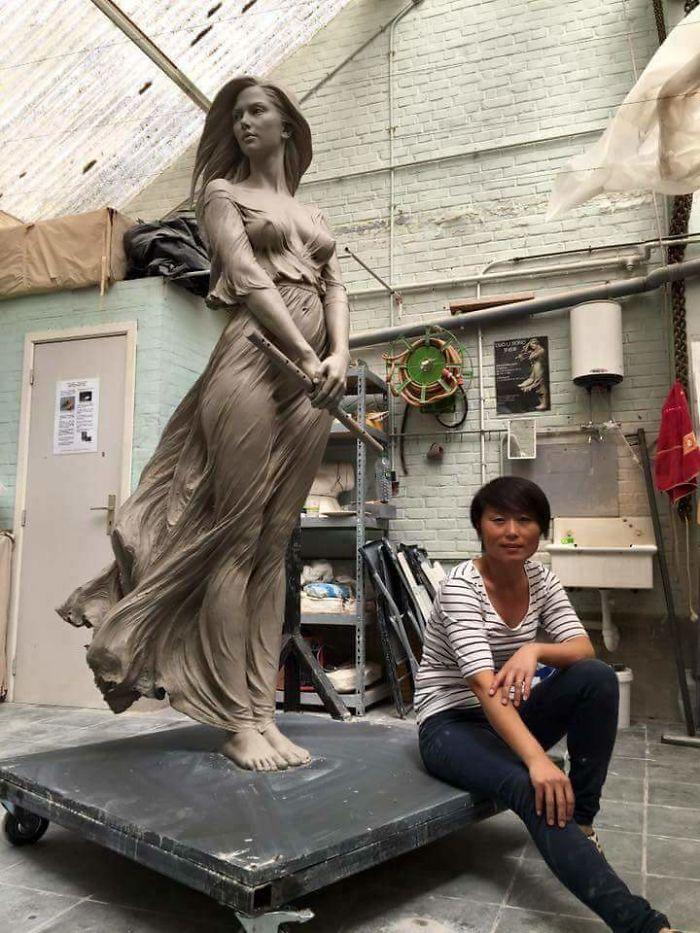 Sculture Donne Luo Li Rong